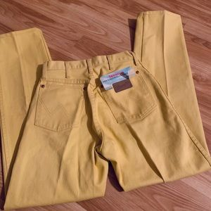 Deadstock NWT vintage wrangler yellow mom jeans